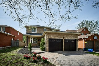 20 Mantell Cres